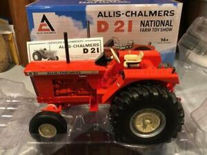 Ertl National Farm Toy Show Allis Chalmers D-21 1/16 scale