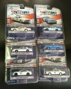 1:64 GREENLIGHT HOT PURSUIT SERIES 25 (42820)