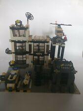 LEGO 7237 - Police Station