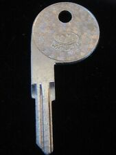 SP6 Key Blank ALFA ROMEO ALFETTA Door 1976-80 (1 of 3), MASERATI 1983-1990 Trunk