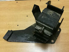 Land Rover 300Tdi Right Hand Engine Mount NTC9415 For Defender Discovery 1 RRC
