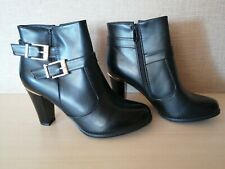 BLACK ANKLE BOOTS WITH GOLD BUCKLES SIZE 41/7