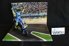 "QSP Diorama Collection ""Valentino Rossi wins 2017 Dutch TT Assen"" 1:12 type 1"