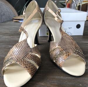 naturalizer  Women Heels Tan Snake print Leather T Strap 9B New