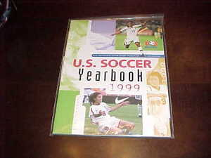 1999 US Soccer Yearbook Mia Hamm Cover