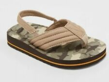 NEW Cat & Jack Toddler Boys' Henry Camo Flip Flop Sandals Brown Size Small 5/6