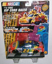 Jeff Gordon NASCAR Toy Biz 1997 DuPont Rainbow 1:32 Rip Cord Racer Car
