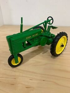 Vintage John Deere Die Cast Metal Tractor Model HN Collectors Edition 7.5'' L