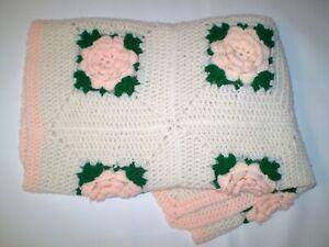 Crochet 3-D Handmade Afghan Blanket Throw Rose Flowers Measure 30x48 *C