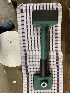 Clarke carpet knee kicker installer stretcher gripper flooring fitter home tool