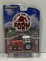 1973 Tractor with Closed Cab Down on the Farm 1:64 Greenlight 48040A