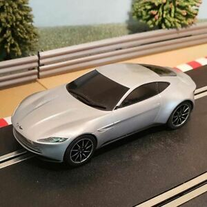 Scalextric 1:32 Car - James Bond Spectre - Silver Aston Martin DB10 *LIGHTS* #C