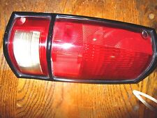 GMC SONOMA SONOMA GT CHEVROLET S10 LEFT SIDE TAIL LIGHT ASSEMBLY  ORIGINAL OEM