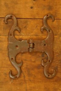 "Antique Primitive Wrought Iron 18th Century -Early 19th Door Hinge 7"" by 5 1/2"""