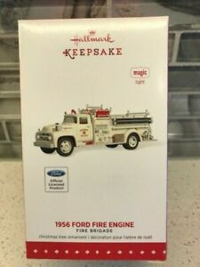 Hallmark Keepsake 1956 Ford Fire Engine Fire Brigade