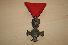 Österreich Eisernes Verdienstkreuz mit Krone am roten Dreiecksband
