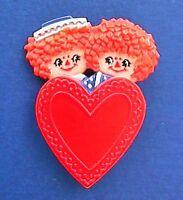 Hallmark PIN Valentines Vintage RAGGEDY ANN ANDY Dolls HEART Holiday Brooch