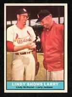 1961 Topps #75 Lindy McDaniel Larry Jackson St. Louis Cardinals Card EX/MT+