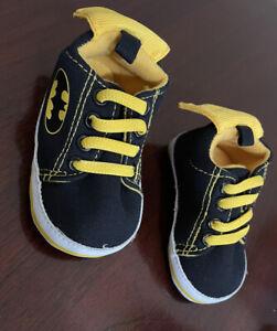 DC Comics Batman 9-12 Month Baby Booties Shoes