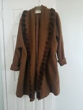 Linda Richards Light Brown Wool Women Coat Decorate with Mink Open Front Size14
