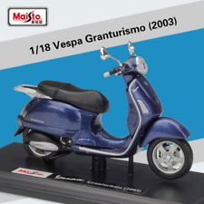 Maisto 1:18 Vespa Granturismo 2003 Diecast Motorcycle Scooter Model Toy New