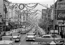 1950s New York Christmas Shopping Traffic - Vintage Photo Print