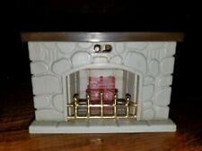 Maple Town Story Fireplace 1986 Dollhouse furniture (light works w/battery).
