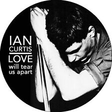 CHAPA/BADGE IAN CURTIS . pin button joy division warsaw new order bauhaus punk .