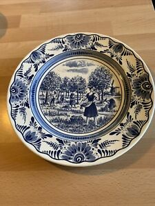 Delft Wall Hanging Plate