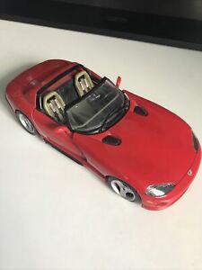 voiture de collection Viper RT/10 Dodge Burago Scale 1/18