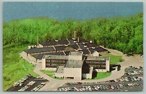 Henderson Kentucky~Community Methodist Hospital~Vintage Postcard