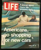 LIFE MAGAZINE - Oct 8 1971 - NEW CARS MAGIC / Yves Saint Laurent / Vietnam War