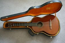 1972 K Yairi Classical guitar Y150 very very good condition.Hard case