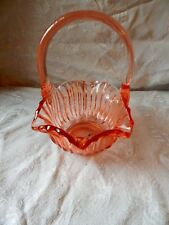 Vintage LE Smith Glass Bridal Basket Pink Perfect!  Cottage Ruffled edge