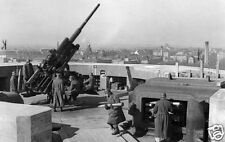 "German Flak Gun & Crew Berlin Zoo Tower 1942 World War 2, Reprint Photo 6.5x4"""