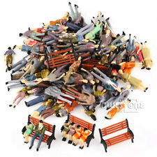 100pcs OO Scale Painted 1:50 Model People Passenger Figures+5 Park Bench Scenery