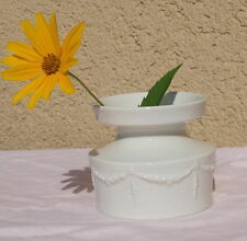 Runde Deko-Blumenvasen aus Porzellan fürs Wohnzimmer