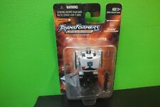Transformers Universe Spy Changers PROWL Military Strategist  2004 NIB