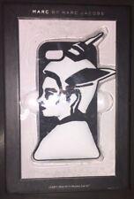 Nuevo Marc By Marc Jacobs BEA Chica Con Casco Funda Iphone 5/5s Negro Y Blanco