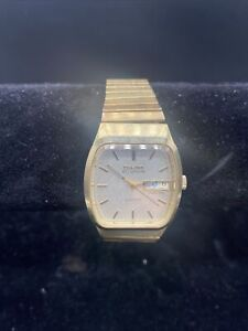 Vintage 1979 Bulova Accutron 10K GP  Day Date Watch Nationwide 25yr Need Repair!
