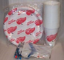 Detroit Red Wings Plastic Plates, Cups & Tableware