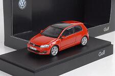 2013 Volkswagen VW Golf VII 7 / 3-door red rot 1:43 Herpa Dealer