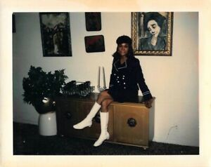 SEXY STYLING WOMAN BERET GO GO BOOTS LEGS BLACK AFRICAN AMERICAN VTG PHOTO 542