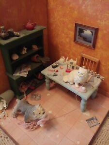 dollhouse miniature room box 1:12 scale (Mischievous Cat)