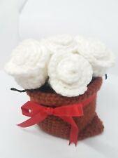 Bouquet White Rose with vase Knitting from Yarn for Decorate Home Gift