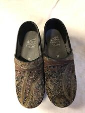 Dansko 38 Brown Tapestry Shoes Clogs