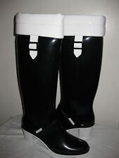 Burberry Tall  Rain Boots Size EUR 40, US 9 Made In ITALY.
