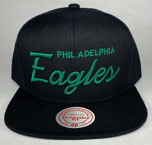 Mitchell and Ness NFL Philadelphia Eagles Black/Green Team Name Snapback Hat
