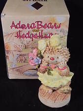 1994 Adorabears & Hedgehugs Hedgehog Girl Holding Bouquet Of Roses New Old Stock