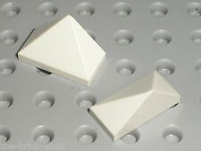 2 x LEGO White slope brick ref 3048 / Set 10030 7931 10215 7679 8084 7682 2263..